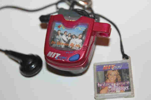 1990s Music Toys : Hit clips totally s