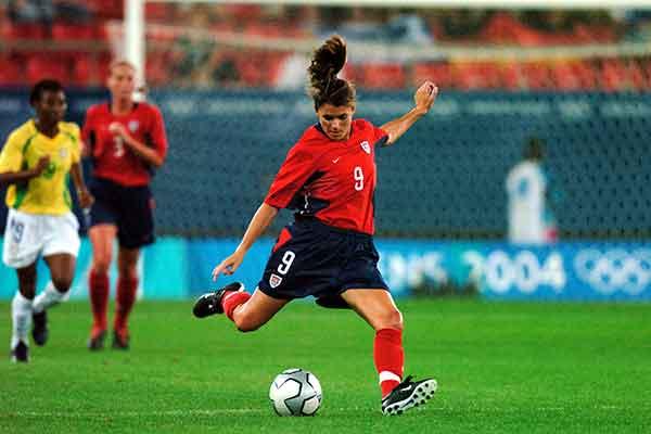 mia_hamm_soccer_90s
